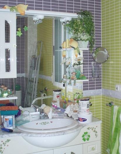 Как управиться с беспорядком в ванной комнате?