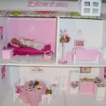 Мастерим домик для Барби