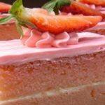 Йогуртовый клубничный торт а-ля Тирамису